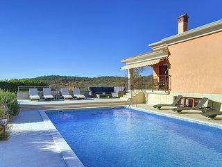 6 bedroom Villa in Sorici, Istria, Croatia : ref 5577211