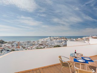 3 bedroom Villa in Albufeira, Faro, Portugal : ref 5577204