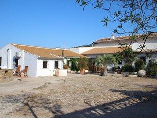 Uva española - zeer mooie casita met groot zwembad - B&B mogelijkheid