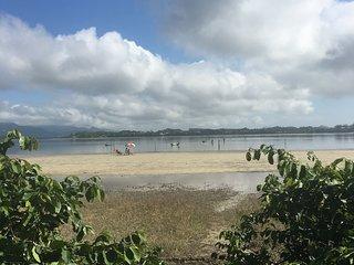 Paraíso em frente lagoa de ibiraquera