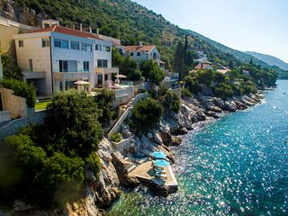Villa Sea Residence – Luxury water front pool villa in Lozica, Dubrovnik