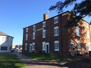 Town House with lovely views of Stourport-On-Severn