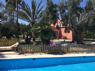 Casa rural con piscina y jardin cerca playa vistas