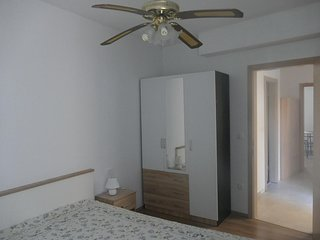 One bedroom apartment Makarska (A-14560-a)