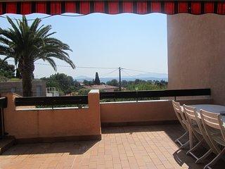 Superbe appartement climatisé avec vue panoramique