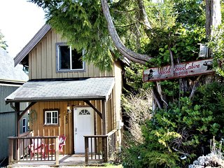 Black Bear Cottage by Natural Elements Vacation Rentals