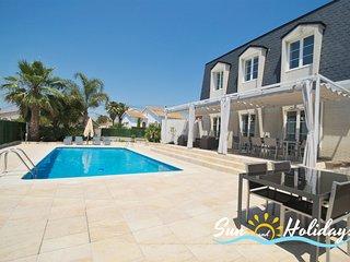 Villa de lujo Oasis con piscina privada y gimnasio para 7 personas