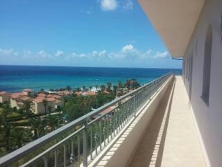 appartamenti 60 metri dal mare
