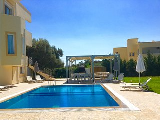 Beautiful Detached Villa With Private Pool and secluded private gardens