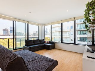 SPECTACULAR VIEWS, Large 3BDR family apartment
