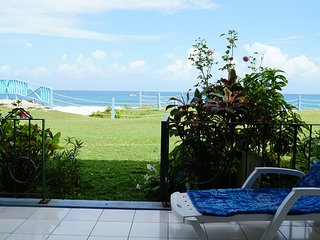 Stunning Oceanfront Apartment with Panoramic Views & Beach
