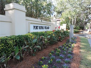 Crown Reef 2BR/2BA  on the 2nd floor with a view of the tennis courts