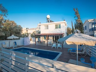 Konnos 6, 3 Bedroom villa with Private Pool