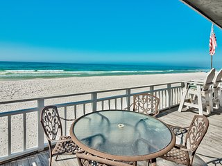 Island Time- Wonderful Private Beachfront Home - Beautiful!!!