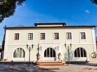 Baroque style Villa in the hinterland of Umbria