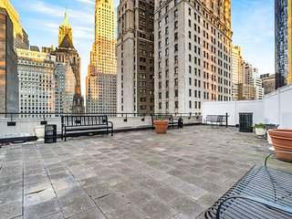 (8940) Amazing 3 Bedroom Apartment at the Financial District