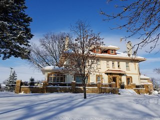 Noonan House B&B and Event Venue