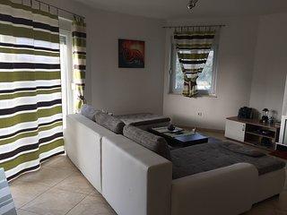 Premium groundfloor apartment with seaview
