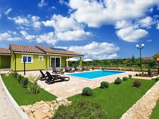 Private accommodation - holiday house Labin 8857 Holiday house