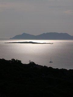 il tramonto sull'isola di Molara
