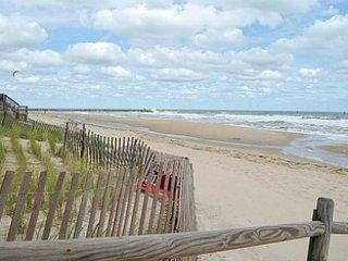 ¡Solo a pasos de la playa!