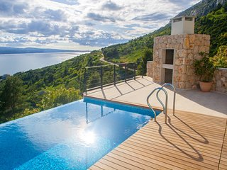 Villa Infinity Mimice – Luxury villa with infinity pool and panoramic sea view