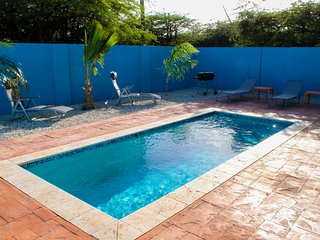 Cas di Sono Summer Breeze 3 Bedroom 3 bath Pool Home