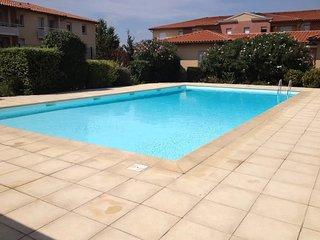 Agreable T2 dans residence de standing avec piscine et terrain de tennis