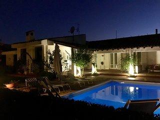 villa con piscina a mondello