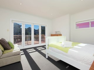 Less than a few minutes walk from the famous Bondi Beach!