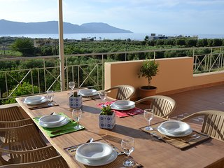 Sea-View Villa, just 900m away from the nearest sandy beach of Kavros, Chania