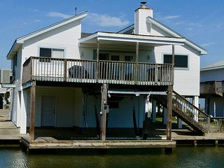 SPRING BREAK SPECIAL! REDUCED RATES NEW TO THE MARKET IN JAMAICA BEACH