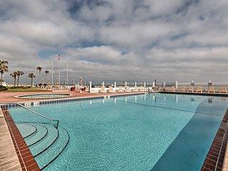 NEW! Oceanfront Daytona Beach Resort-Style Studio!
