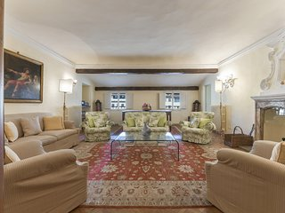 Alcove - Nice 3bdr apartment in Santa Croce, Florence