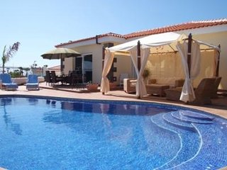 4 BEDROOM & PRIVATE POOL VILLA  'EKATERINA' IN CALLAO SALVAJE