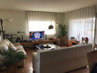 Apartamento en  Bonmont zona privilegiada de la Costa Daurada y cerca del mar.
