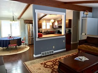 DOOR COUNTY 4BD/2BA HOME RETREAT IN FISH CREEK, WI