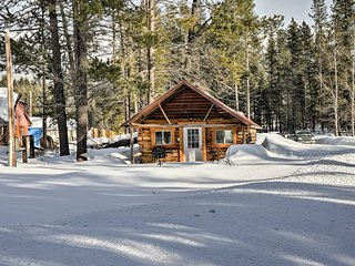NEW! 1BR West Glacier Cabin Near Flathead River!