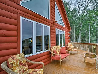 NEW! 5BR Gilford Home - 5Min to Lake Winnipesaukee