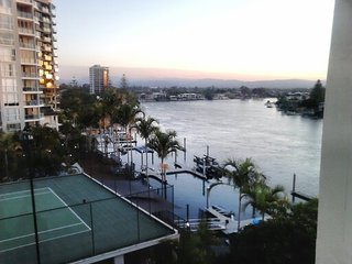 Cute 1 bedroom apartment in Surfers Paradise,