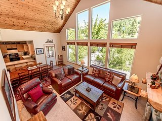 Free Nts-Picturesque Cabin Nr Suncadia-Game Rm-Hot Tub-Fire Pit