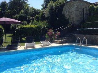 La Petite Bergerie - 3 bedroom gite - shared pool