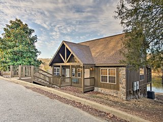Lakefront Cabin Just Minutes from Branson Strip!