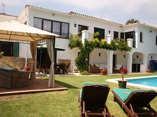 Guadalmina Golf, Puerto Banus, Spacious Garden Flat with Private Pool