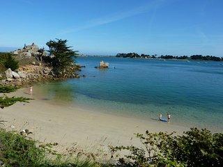 Chambre d'hotes Sous le Soleil  500 m de la mer a Port Blanc