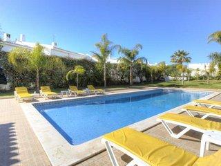 106140 - Villa in Lagoa