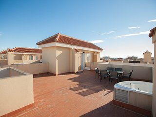 5 House with jacuzzi and pool in la Zenia BEACH