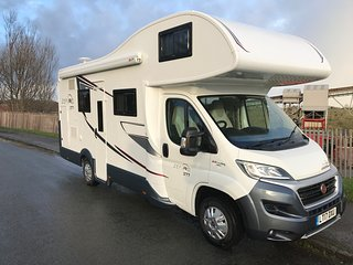 Motorhome Hire, Cheshire, Luxury 7-Berth, Pet Friendly
