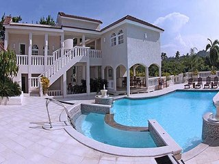 4 Bedroom Villa -  Chairman's Circle -  Gold VIP Bands
