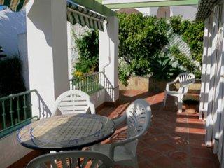 Underbart hus med en separat studio i härliga Viñamar